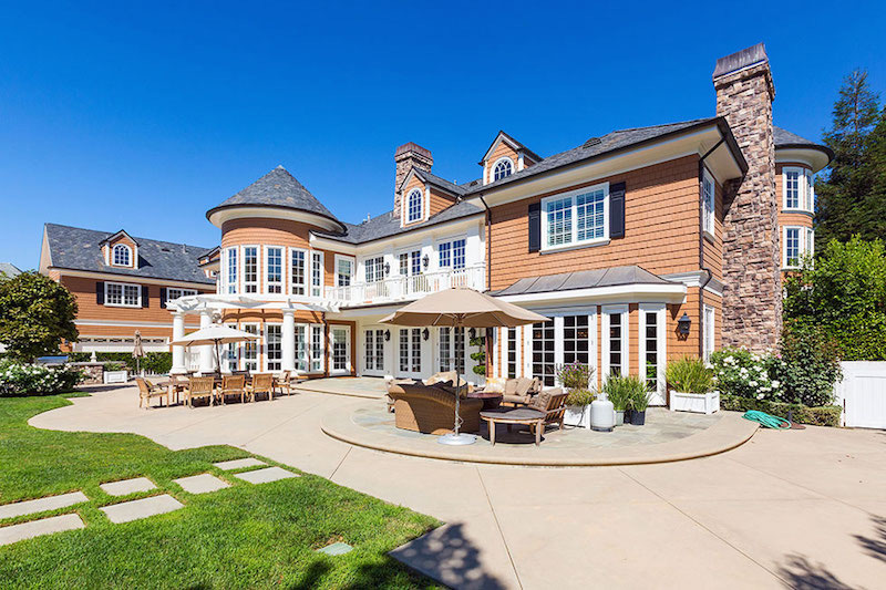 Sherwood Country Club Estate on Sale for $10,5 Million